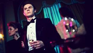Evan Peters, American Horror Story'nin 9. sezonunda yer almayacak