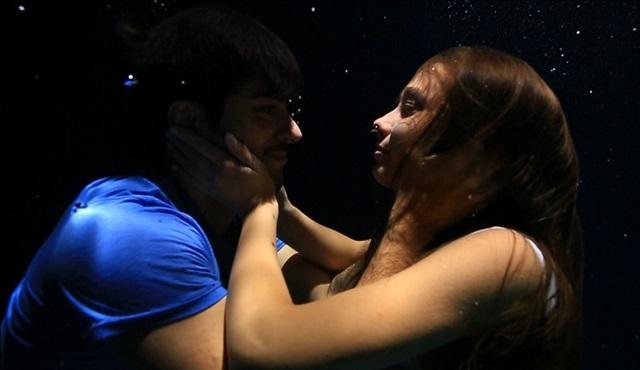 Kara Sevda'nın su altı sahneleri çok konuşulacak!