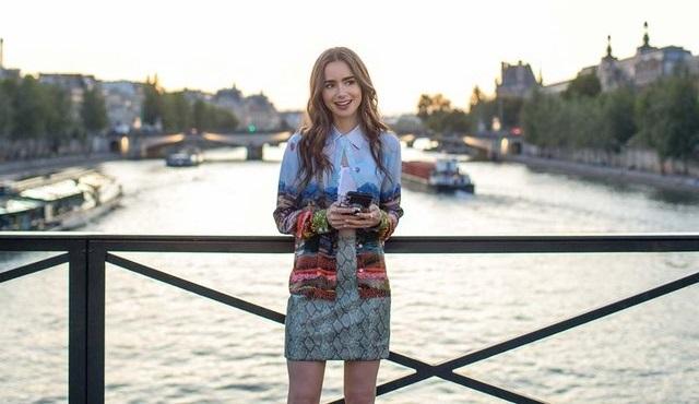 Emily in Paris dizisi Netflix'ten 2. sezon onayını aldı