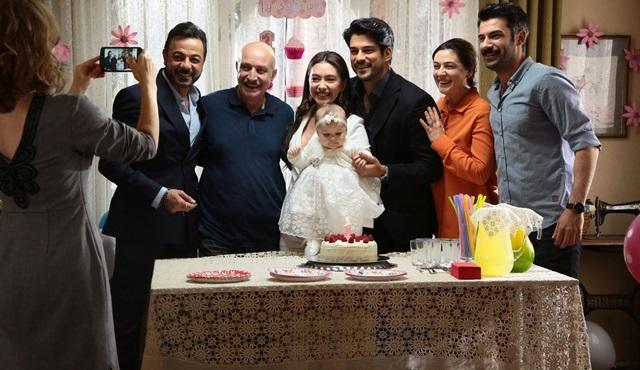 Kara Sevda'da unutulmaz doğum günü kutlaması!