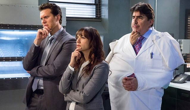 Angie Tribeca, 2. sezonuyla Dizimax Comedy'de ekrana geliyor