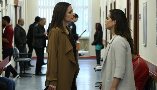 Orphan Flowers | The girls try to stop Emel from becoming Cemre's legal guardian