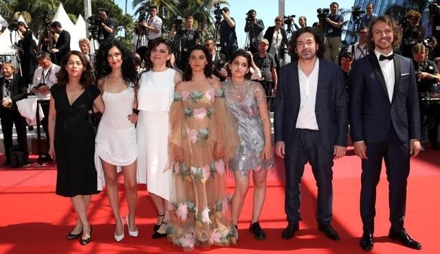 Metin Akdülger, rol aldığı Mon Tissu Préféré filmi ile 71. Cannes Film Festivali'nde!
