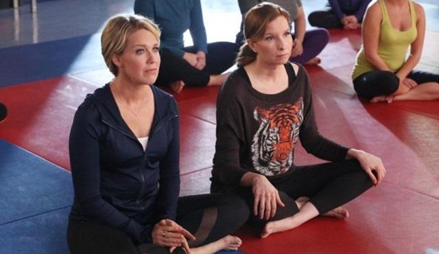 USA Network, Playing House dizisini iptal etti