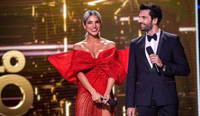 Kaan Urgancıoğlu, Premio Lo Nuestro'da ödül takdim etti!