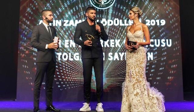 Tolgahan Sayışman'a en iyi erkek oyuncu ödülü!