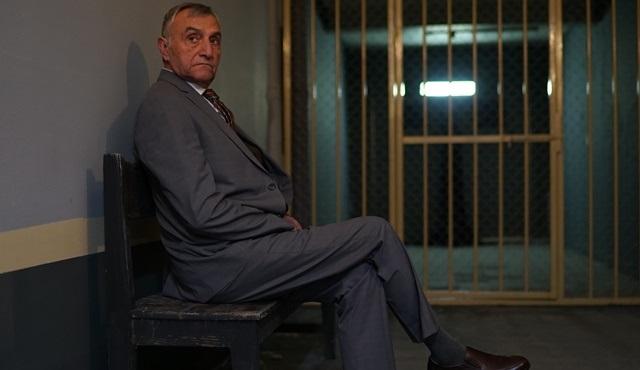 Mustafa Alabora, Kilit filminde cezaevi müdürü rolüyle izleyici karşısına çıkacak!