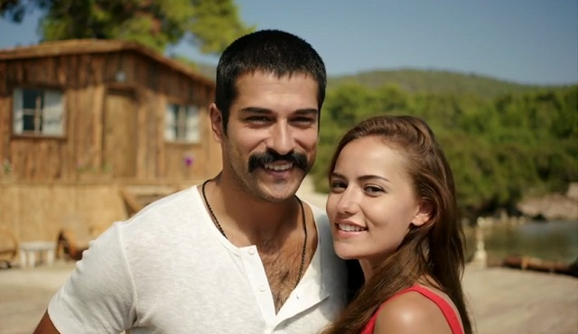 """""""Aşk Sana Benzer"""" filminin ilk fragmanı yayınlandı."""