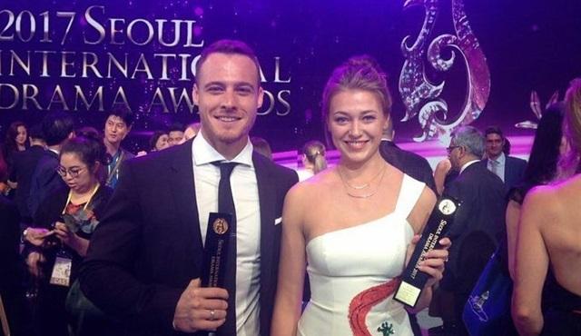 Kerem Bürsin ile Cesur ve Güzel, Seul'den ödülle döndü