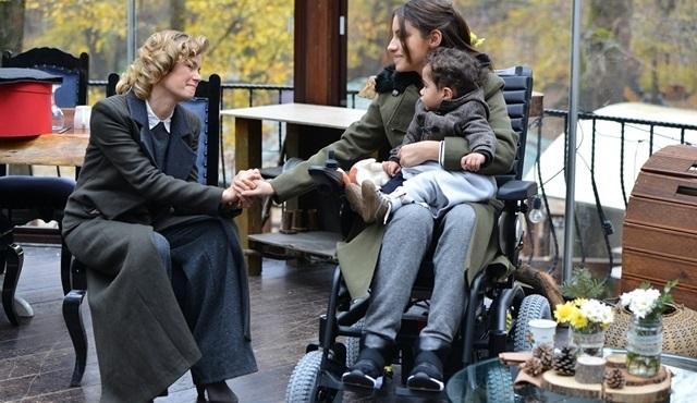 Filiz'in bir aile dostu gibi Mehmet'le görüşmesini ister misiniz?
