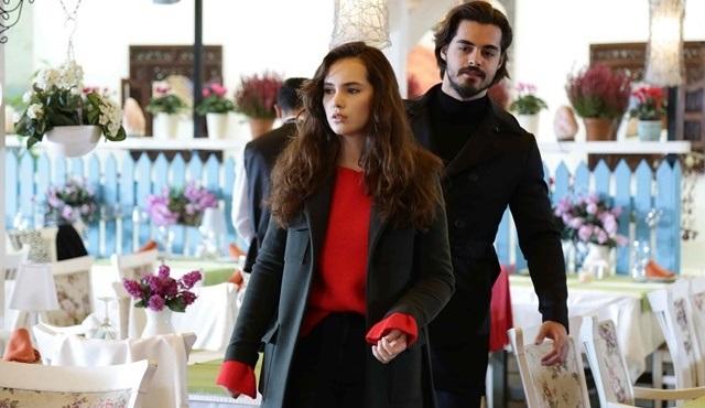 Cennet, Selim'i terk etmekten vazgeçip bu kez aşkı seçiyor!