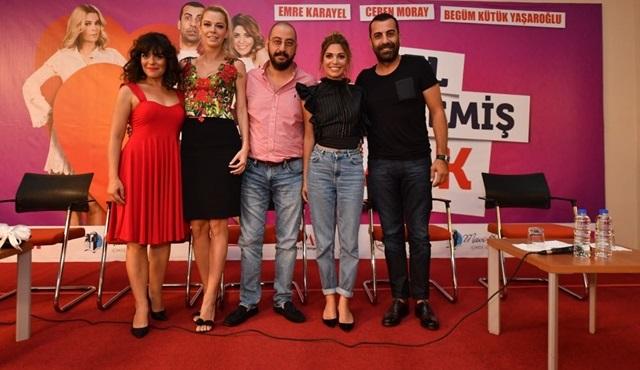 El Değmemiş Aşk'ın İzmir galası da yapıldı!