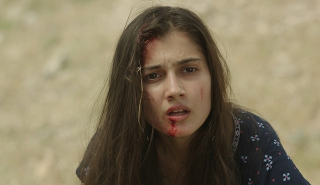 Black Rose | Ayşe survives Kendal's bloody ambush