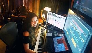 Krypton'un müziklerini hazırlayan Pınar Toprak: Asıl iş doğru zamanda doğru hissi ortaya çıkarmak