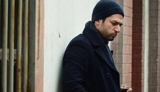 """Gecenin Kraliçesi: Murat Yıldırım'dan """"Bir Fırtına Tuttu Bizi"""" türküsü"""