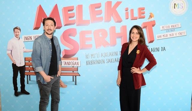 Melek ile Serhat'a Altın Sabre Ödülü geldi!