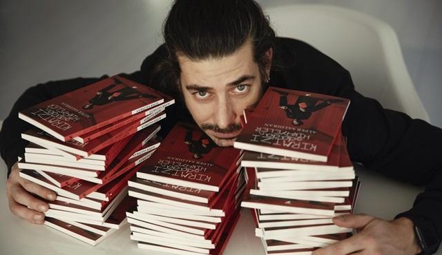 Alper Saldıran'ın üçüncü kitabı Kırmızı Odadan Hikâyeler okurlarla buluştu!