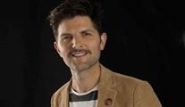 Adam Scott: Keşke hayatımın sonuna kadar, kadınların sözünün geçtiği setlerde çalışabilsem