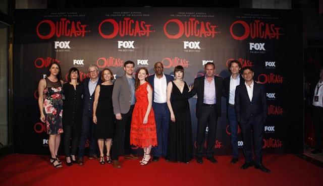 Outcast dizisinin uluslararası galası gerçekleşti