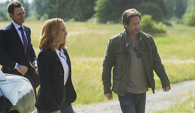The X-Files: Yeni fotoğraflar ve tanıtım bir arada