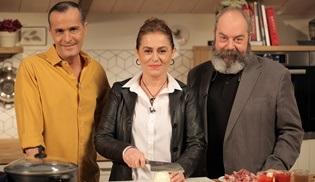 Memet Özer ile Mutfakta bu hafta Nazan Kesal ve Ali Düşenkalkar'ı konuk edecek!