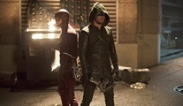 The Flash vs Arrow!