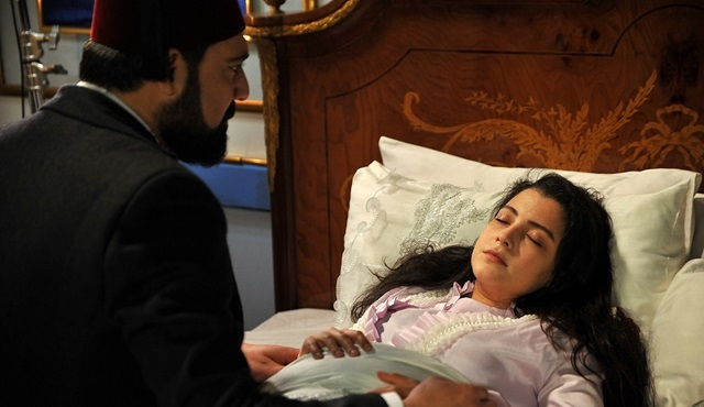 Payitaht Abdülhamid'e Sultan Abdülhamid'in gözyaşları damgasını vurdu!