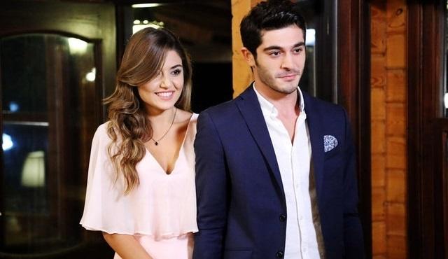 Sosyal TV | Seyirci Çarşamba günü Aşk Laftan Anlamaz dedi!