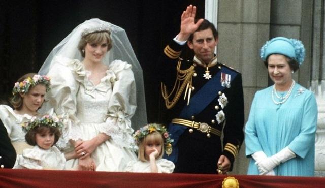 Feud'ün ikinci sezonunun Diana ve Charles hakkında olmasından vazgeçildi