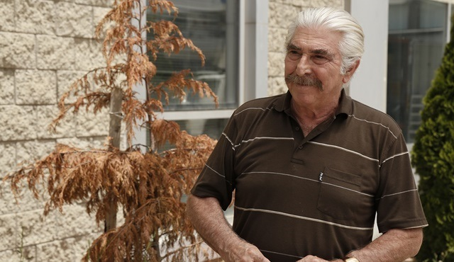 Gülümse Yeter   Hasan protects his late boss's legacy