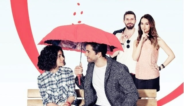 Seviyor Sevmiyor dizisinin yayın günü değişti!