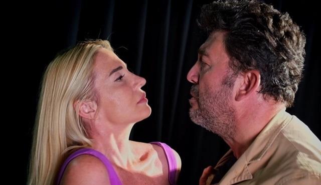 İki Bekar oyunu 10 Eylül'de KüçükÇiftlik Bahçe Tiyatrosu'nda!