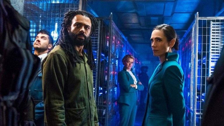 Snowpiercer filminin dizi uyarlaması 17 Mayıs'ta TNT'de başlıyor