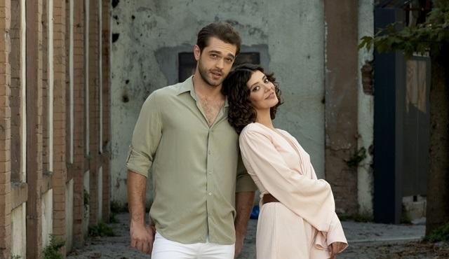 Çatı Katı Aşk dizisinin Şirin'i kimdir?