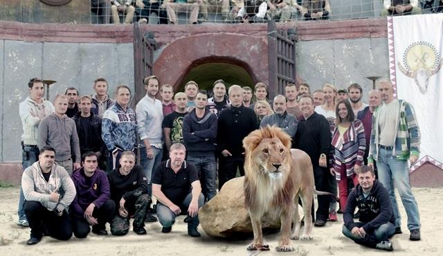 Gani Müjde, 'Bizans Oyunları' filmi için Putin'in aslanıyla çekim yaptı!