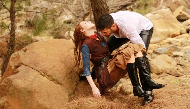 ''Sevdam Alabora''nın çekimlerinde donma tehlikesi atlattılar!